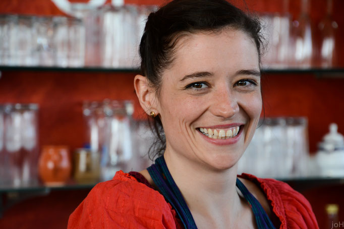 Emily Scheuer-Penny kümmert sich um ihre Gäste