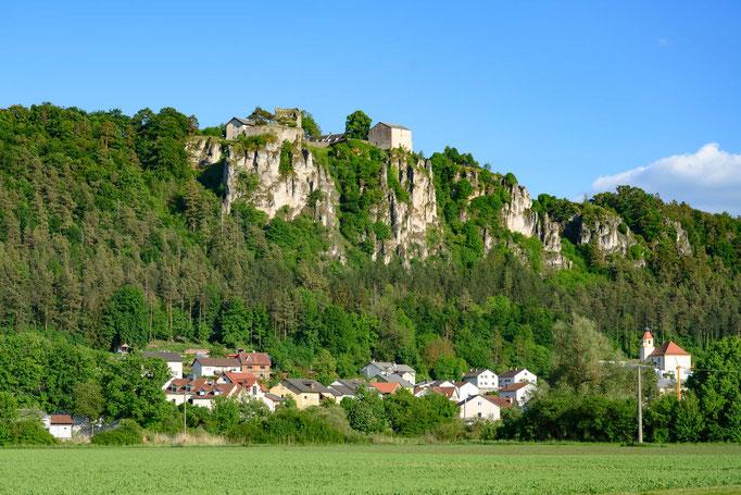 Schloss Pfünz ; Idylle entlang der Altmühl