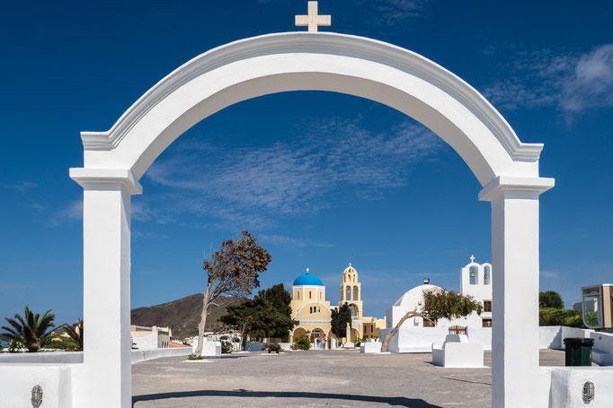 Ekklisia Agios Georgios, Oia, Santorin, Mai 2017