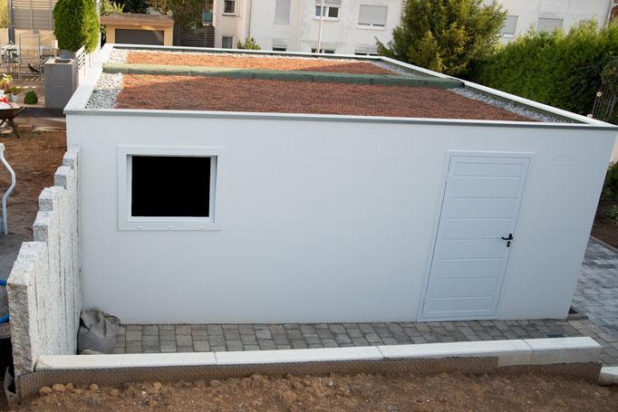 Neugestaltung Hoffläche inkl. Doppelgarage