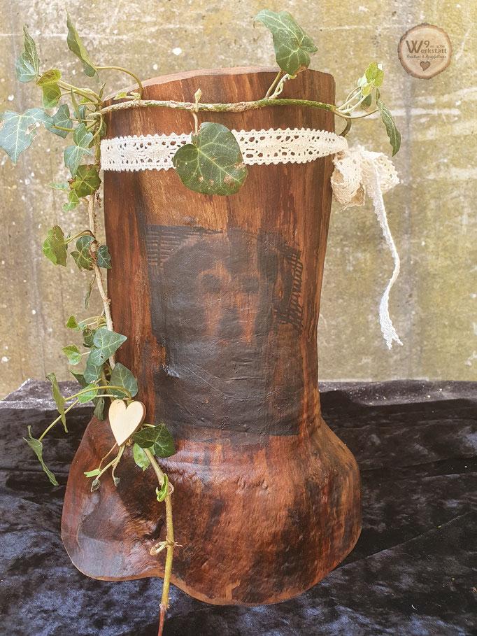 Urnen_aus_Holz_Natur