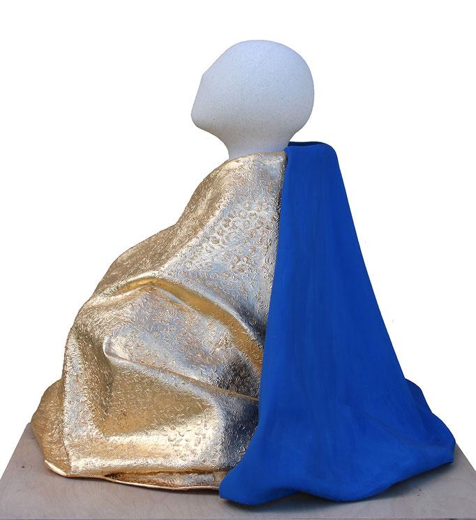 """""""Barnabé, l'homme lent""""- sculpture en pierre de Lens, fibres végétales et dorure à la feuille d'or -"""