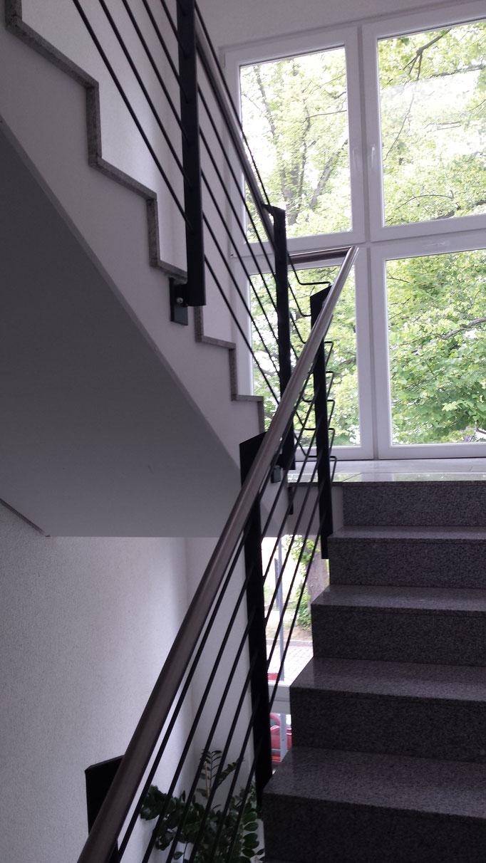 Treppenbau Treppe Geländer Geländerbau Anlagenbau Stahlbau Metallbau