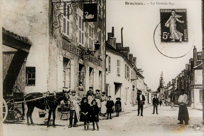 Hotel du Cygne a cote de Chambord