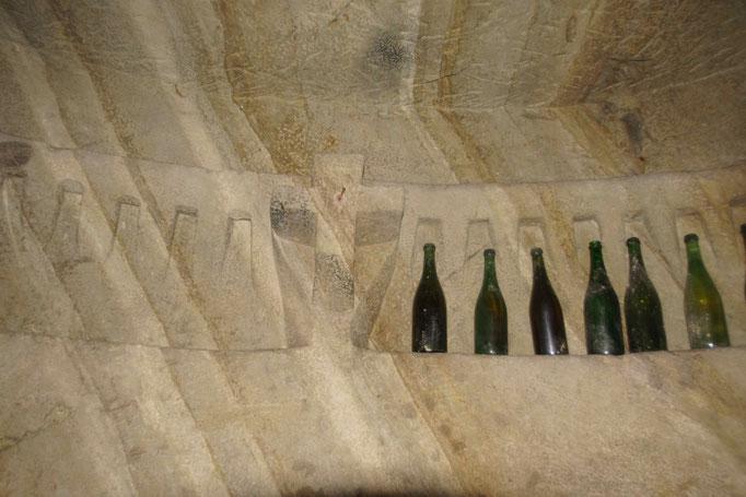 Croce e bottiglie- Infernot Camagna