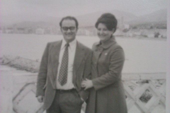 Con su esposa Maria del Carmen