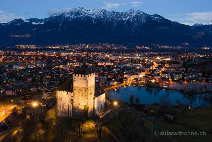 Buchs mit Schloss Werdenberg und Werdenbergersee