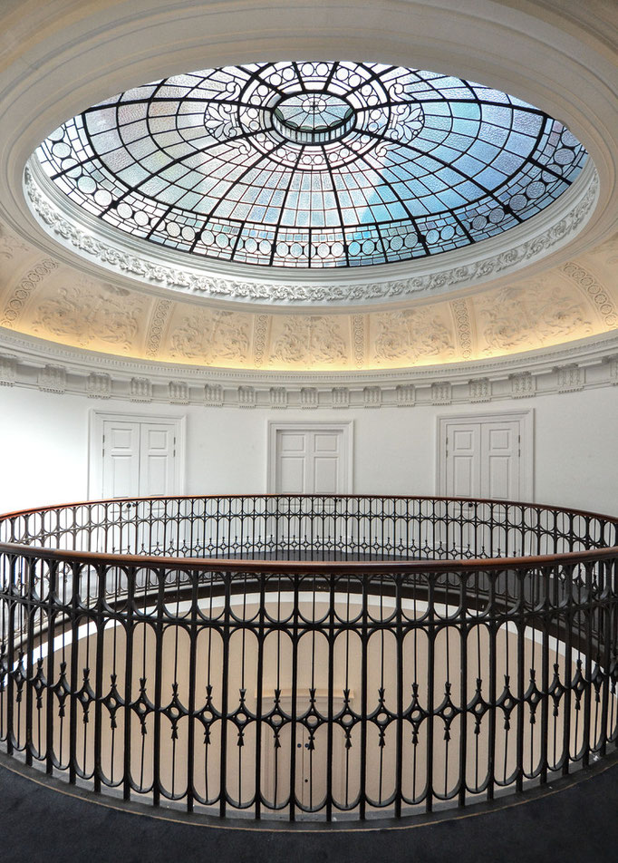 Glasgow -Gallery of Modern Art