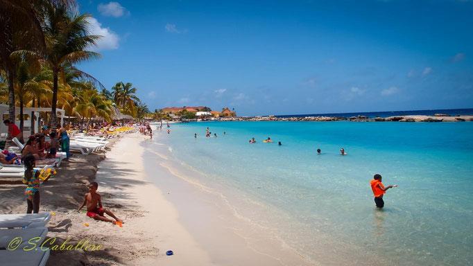 Playa Mambo Beach