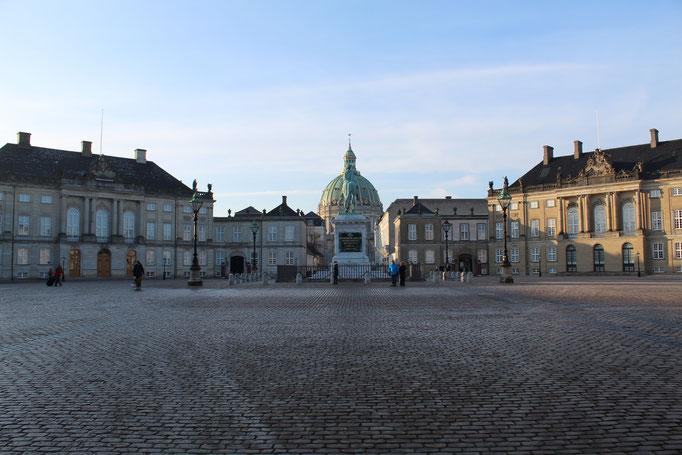 Schloss Amalienborg, Wohnort der dänischen Königsfamilie in Kopenhagen