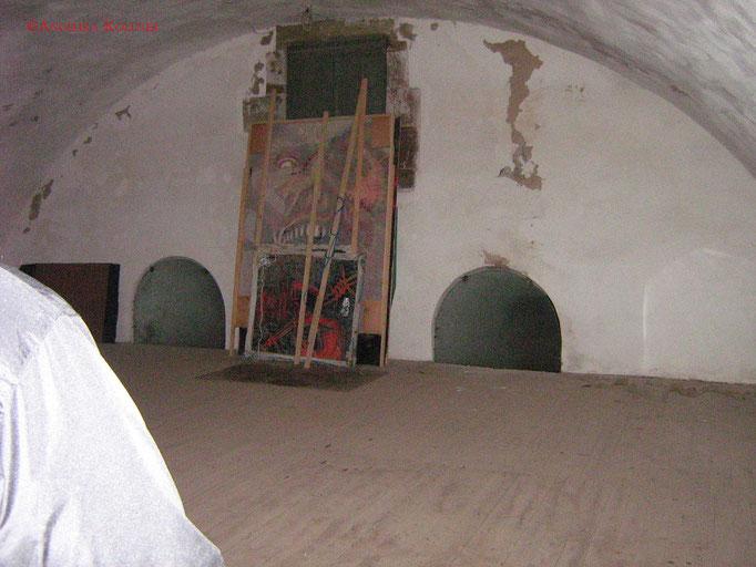 Hier ist schön der Holzboden zu erkennen. #Bitche #paranormal #ghosthunters