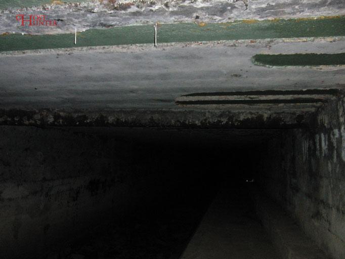 Weit hinten im Tunnel steh unser erster Kreidetest.