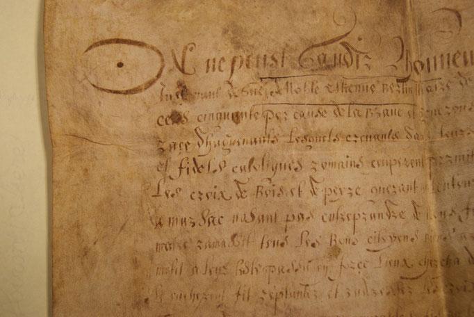 """Attestation de """"bon catholiscisme"""" pour avoir débarassé la ville de Périgueux des Huguenots en 1550. (Détail)"""