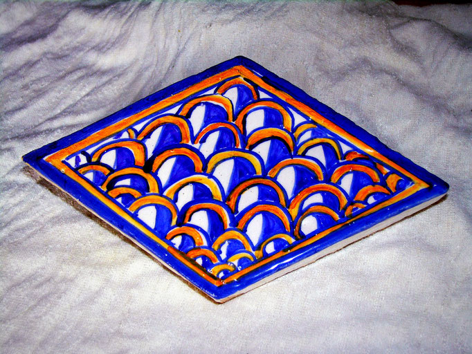 mattonella rombo in cotto dipinta a mano