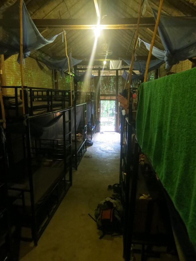 Unser Guesthouse mit riesigen Hochbetten