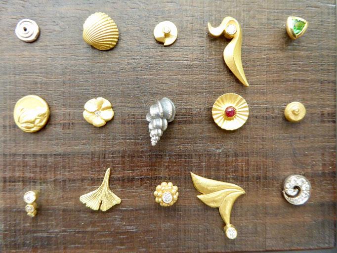 Ohrstecker mit verschiedenen Edelsteinen
