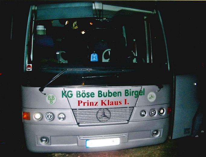 2009 - Bus von Maubach Reisen mit Prinzenschild