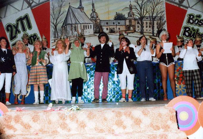 "1983 - Pappmule bitten zur ""Hitparade"""