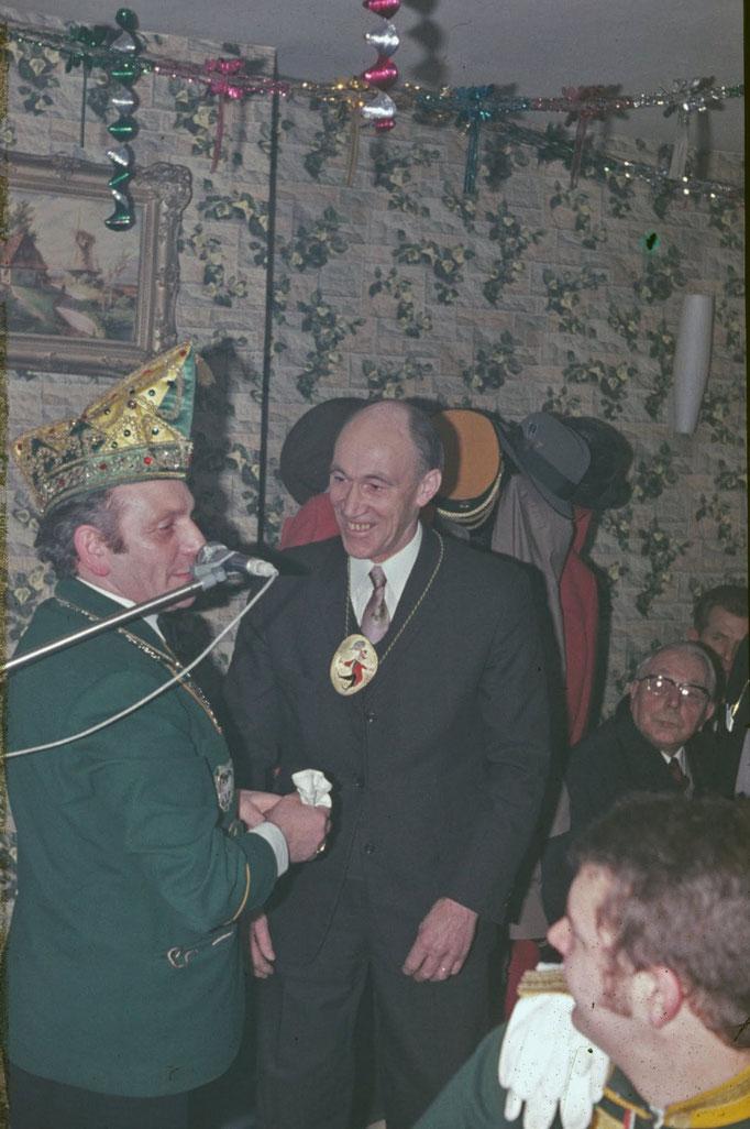 1972 - Ansprache von Jupp Heidenthal an den damaligen Bürgermeister Meuser