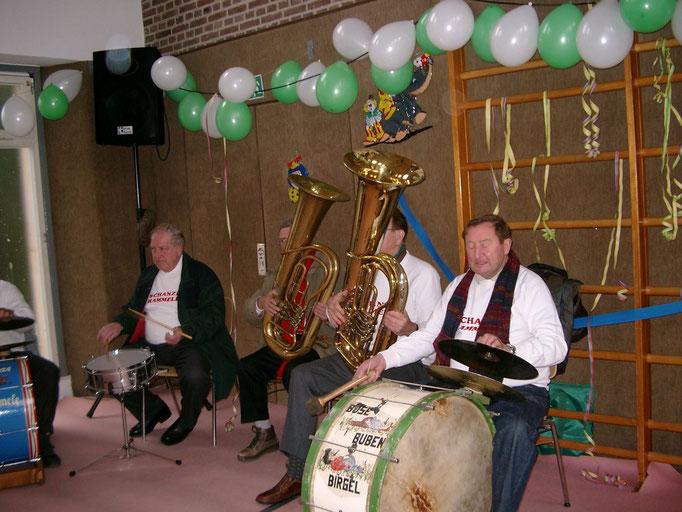 2009 - Brasselskapelle in der Turnhalle