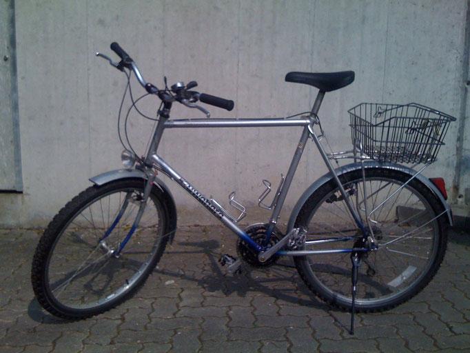 Countrybike, Rahmenhöhe 60cm, 18 Gänge