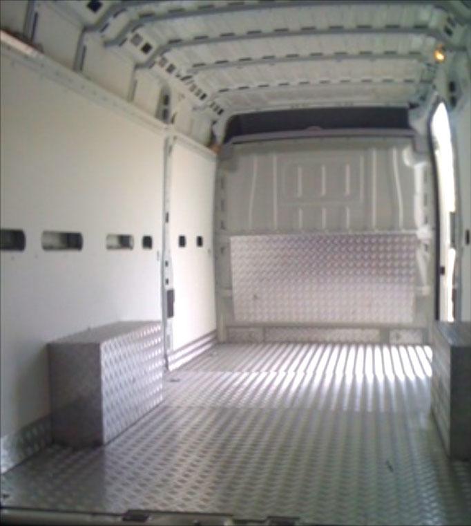 Forrado-caja-aluminio-furgoneta