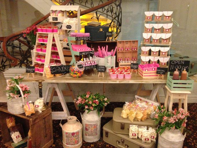 Mesa de dulces rosa
