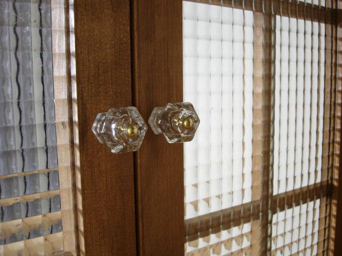 木製飾り窓