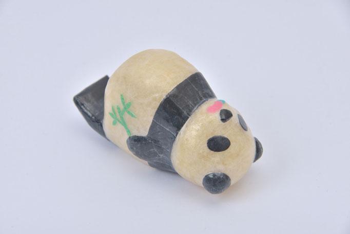動物テープカッター応援隊 隊員No.4『ZZZパンダくん』/ 2014年制作 / セロテープ® 、特注カラーセロテープ / 9.5×5×4cm