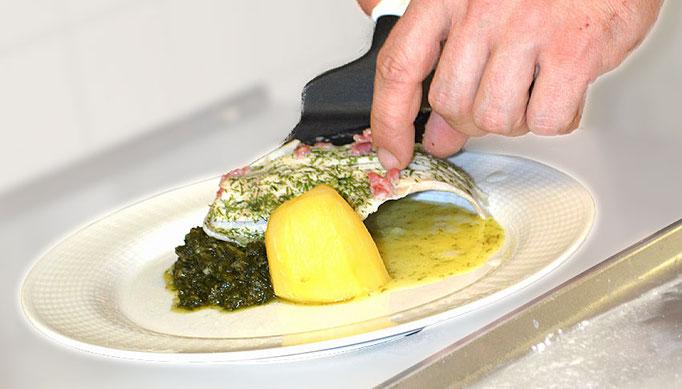 Ausbildung: Pflegehelfern und Köchen/Köchinnen, Haus am Steinbach in Nußdorf