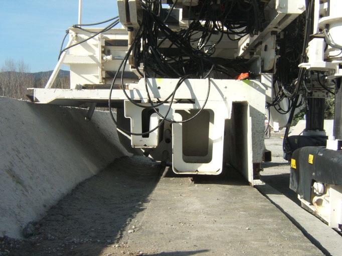 Coffrage glissant pour la réalisation d'une section complexe en tunnel avec du Béton Extrudé