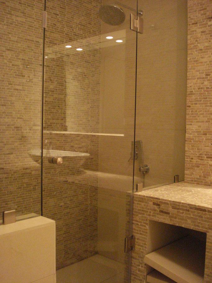 γυαλινη καμπίνα μπάνιου-καμπίνα ντους για το μπάνιο