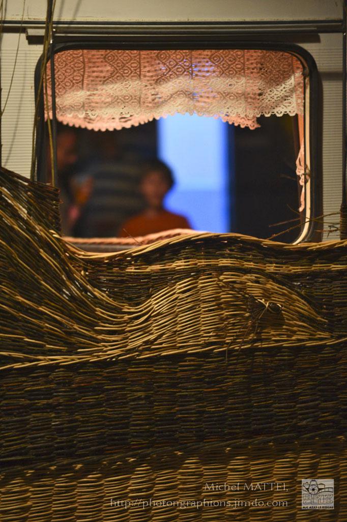 caravane tressée d'osier