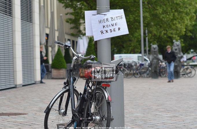 Fahrrad Stadt Oldenburg, FOTO: MiO Made in Oldenburg®, miofoto.de  Oldenburg Aktuell, Veranstaltungen Oldenburg, Konzerte Oldenburg,  Miss Wahlen, Konzert-,Event-& Fashionfotografie,  Streetfoto