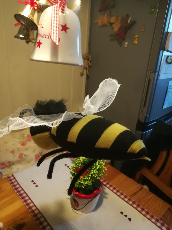 Biene Panki  eigene Kreation  35,00€
