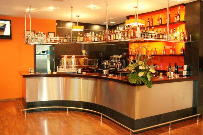 barras de bar  BARRA DE GRANITO Y ACERO INOXIDABLE