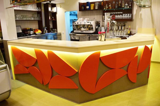 barras de bar  BARRA DE SILESTONE, CERÁMICA Y MADERA