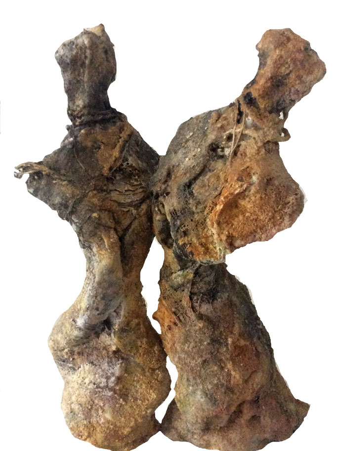 Der Tanz Figurenpaar aus Ton/ Muscheln/Jute und Kaltbemalung (verkauft)