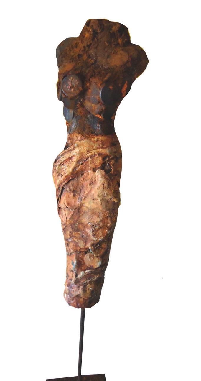 Pekunia Skulptur aus Ton mit Metall gebrannt/Gaze und Kaltbemalung (verkauft)