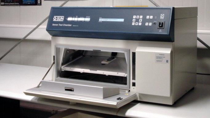Q-SUN Xenon Test Chamber geöffnet