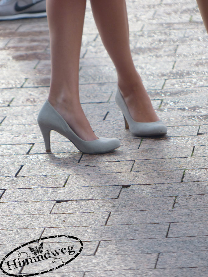 Schuhe Christina Lütticke, Reporterin - Radio Berg