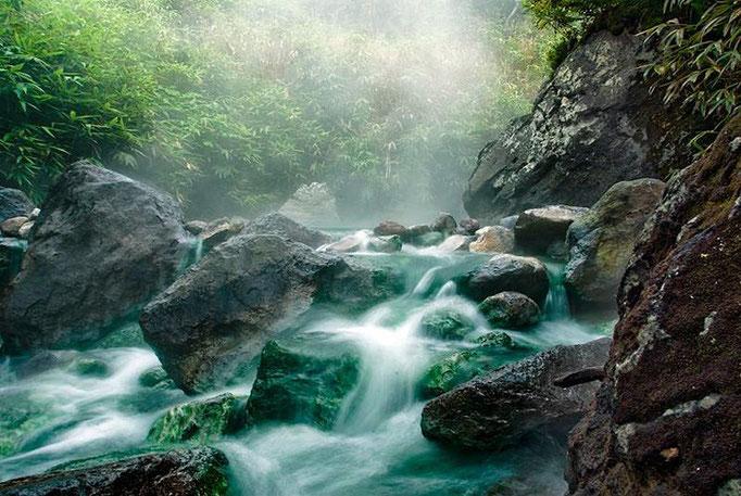 о.Итуруп, изумрудные реки влк. Баранского  / серия взятие Атсонупури