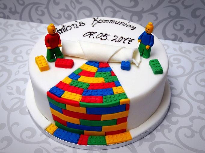 Exklusive torte f r kindergeburtstag taufe kommunion for Exklusive kuchen