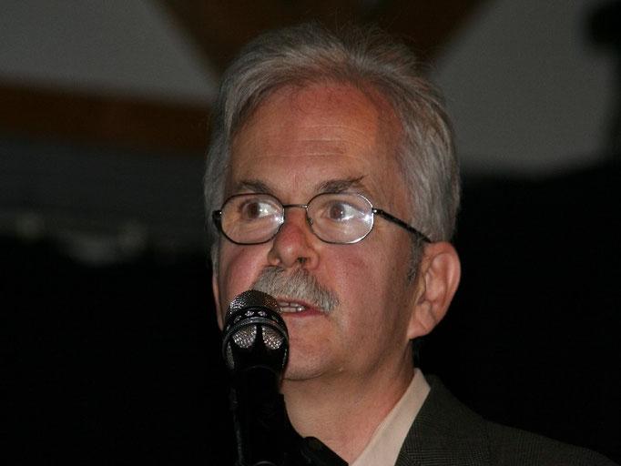 Prof.Dr.med.  H.J. Feldmann, Leiter der Strahlentherapie Klinikum Fulda