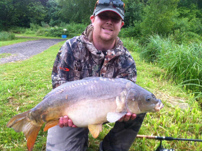 Aaron's clonking 12lb 4oz Mirror (Caught in 2013)