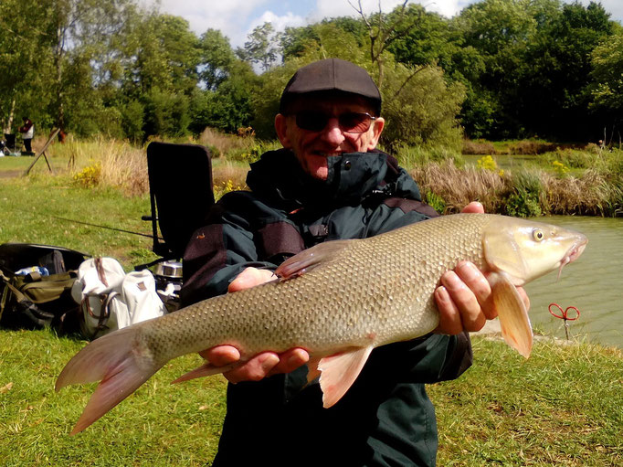 5lb 5oz Barbel caught by Ron (August 2016)