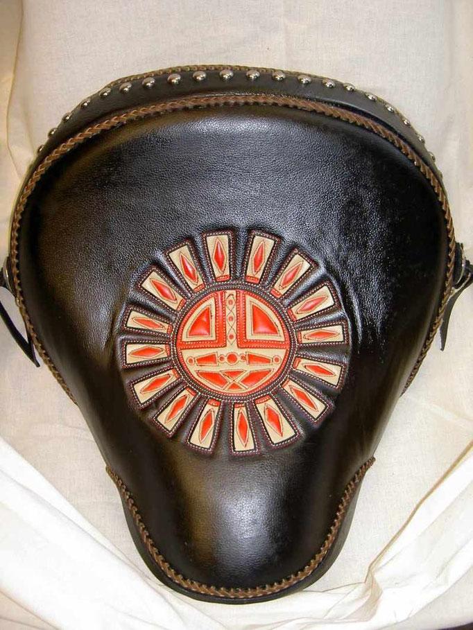 Heritage Sitz, Intarsien indianisches Medizinrad, Kundenauftrag