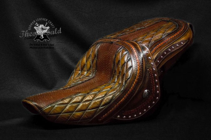 Indian Roadmaster from Volker/ Düsseldorf, leather tooling, braiding and custom stitching
