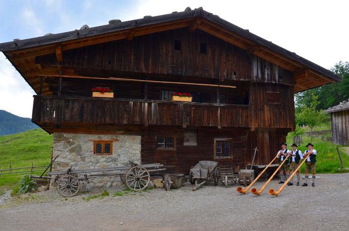 Alphornbläser Fischbachau in der Alpenregion Schliersee-Tegernsee