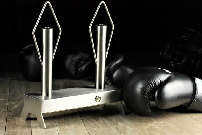 Stainless boxing glove dryer